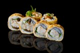 Roll with baked gilt-head bream wrapped in omelette (6 pcs)