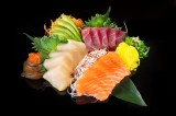 Selection of fish for sashimi (15 pcs – 3 /5 varieties of fish)