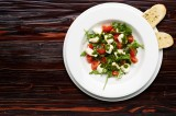 3. CAPRESE – white mozzarella balls, cherry tomatoes, basil pesto and rocket, garlic bread