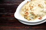 3. Gnocchi with cream sauce with bacon and mushrooms, 'au gratin' with mozzarella cheese