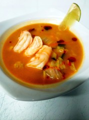 Zupa tom yum lunch